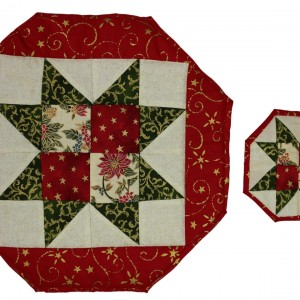 A shot of the tablemat and coaster showing the sawtooth pattern in bright red and green for Christmas.